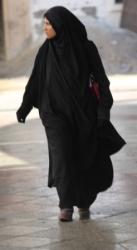 Vrouw in Tunis