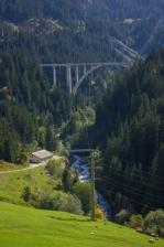 b_149_224_16777215_00_images_stories_zwitserland_graubunden_kristie_001.Treinreis-langwieser-viaduct.jpg