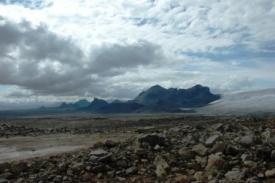b_275_183_16777215_00_images_stories_IJsland_lanschap.jpg