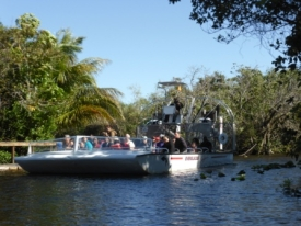b_275_206_16777215_00_images_stories_Amerika_Florida_oostkust_evergladesboot1.jpg