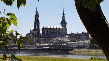 Wandelen of fietsen door DresdenDresden: geschiedenis in een...