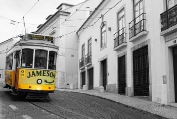 Tram in Lissabon @pixabay