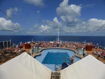 Dek van cruiseschip