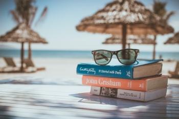 Boeken op het strand