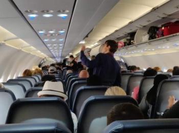Passagiers in een vliegtuig ©puuropreis