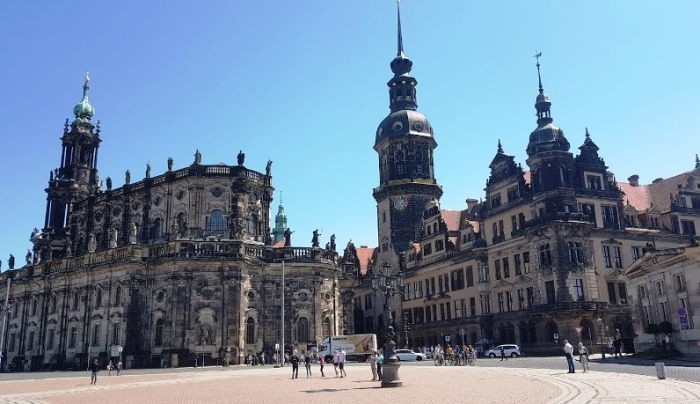 b_700_404_16777215_00_images_stories_Duitsland_Dresden_DresdenKerkenG.jpg