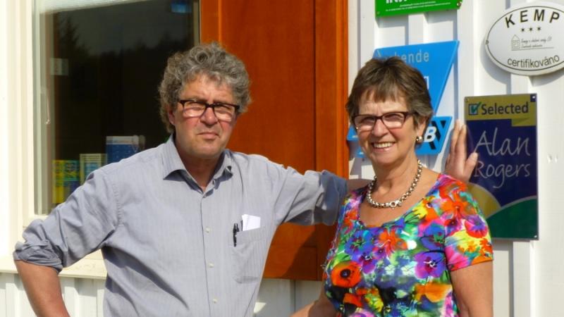 Ans en Jan Nijmeijer, eigenaren van camping Chvalsiny in Tsjechië ©chvalsiny