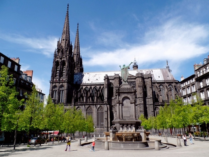 Kathedraal Clermont-Ferrand